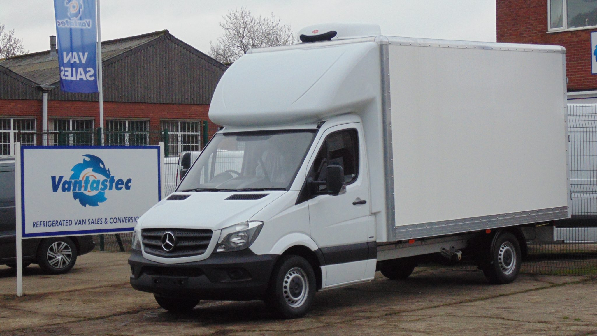 Refrigerated Box Van Rental