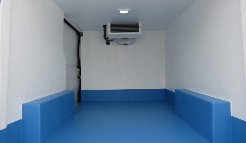 Renault Trafic Refrigerated Van full