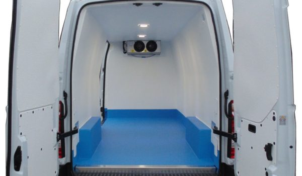nissan nv400 fridge van front - e