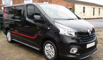 Renault Trafic 1.6dCi SL27 125 Sport PLUS Crew Van – Black full