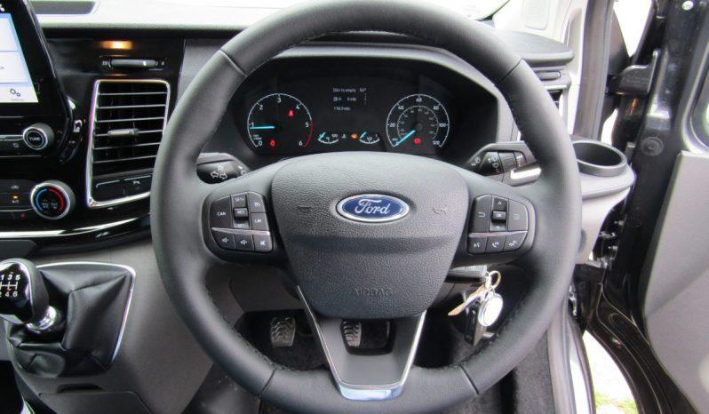 Black Ford Transit Custom 320 L2H1 20.TDCI 130PS Limited Crew Van full
