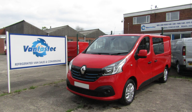 Renault Trafic SL27 crew van in Red as converted by Vantastec