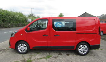 Red Renault Trafic SL27 125PS Sport with Reversing Camera full