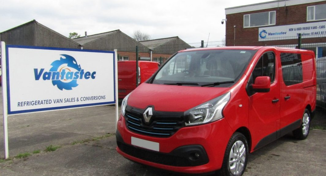 Red Renault Trafic crew van as converted by Vantastec