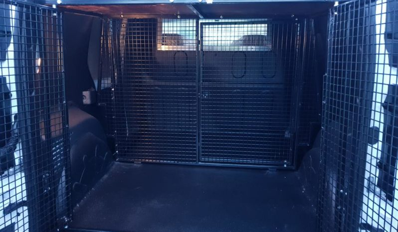 Renault Trafic Panel Van with Dog Cage full