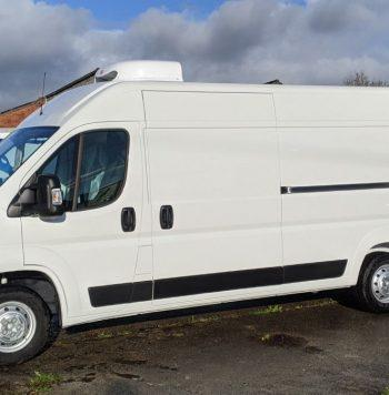 Peugeot Boxer fridge van with standby