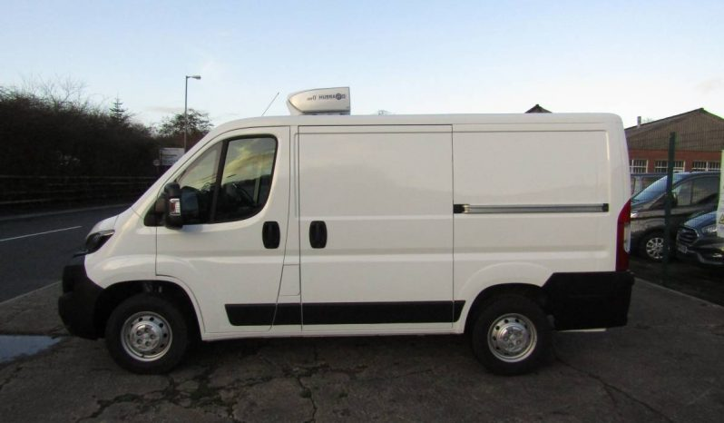Peugeot Boxer S L1H1 110PS Fridge Van with Standby full